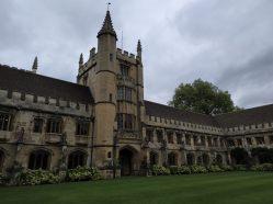 Magdalen College. / R.M.